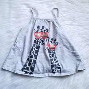 🦒Old Navy Graphic Babydoll Tank Size 5T🕶